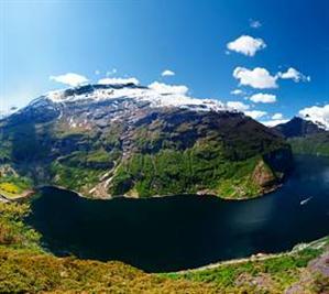 Kryssa till Norge med Eva!